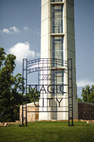 05-magic-city-sign